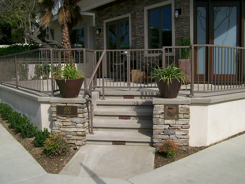 Exterior Patio With Straight Bars