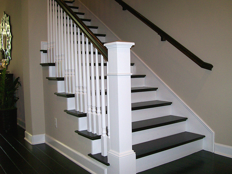 Tapered Balusters And Box Newel