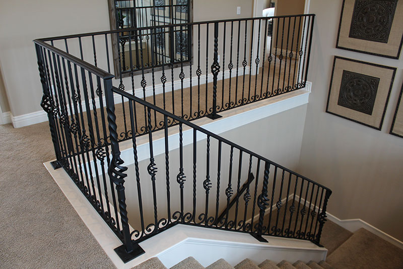 an all decorative steel system with single baskets and twists