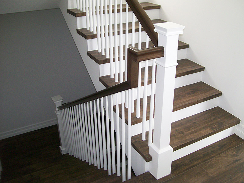 Box Newels And Tapered Balusters