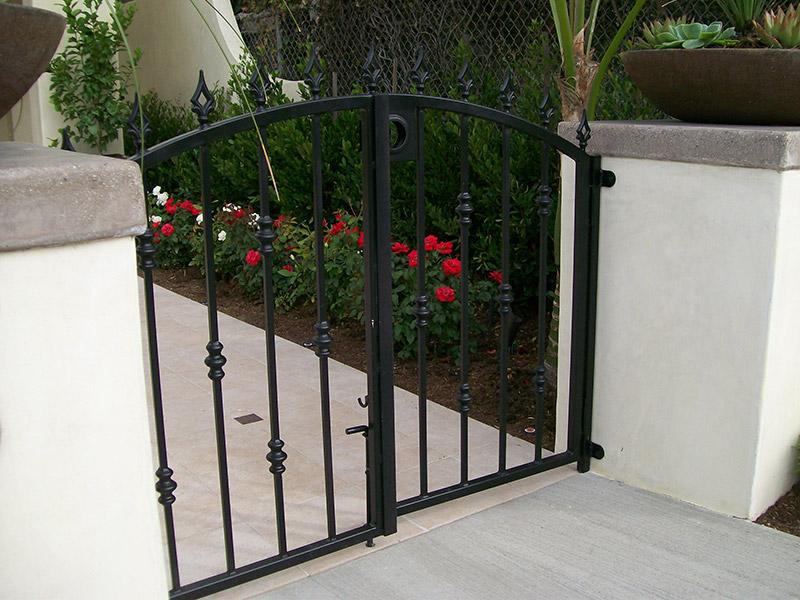 Double Door Steel Gate
