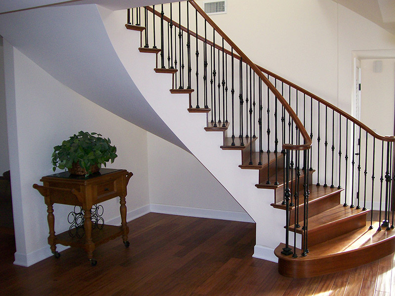 Free Standing Stair With Tuscan Bars