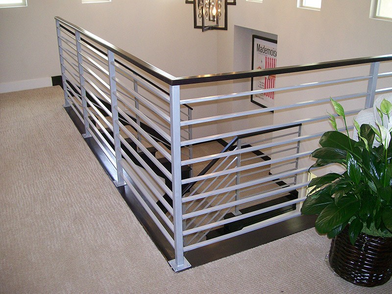 Maple Handrail And Horizontal Bars