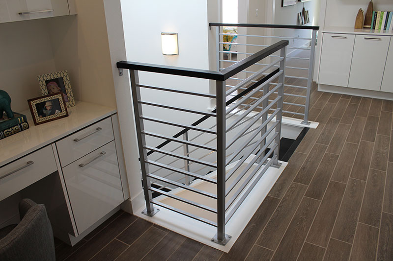 Steel horizontal balustrade