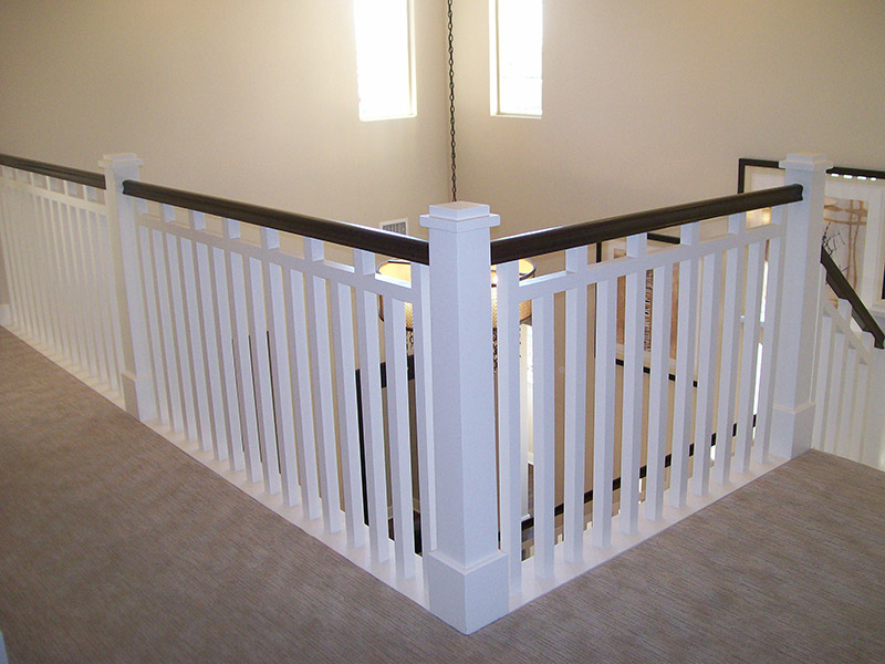Tapered Newel And Sub Rail